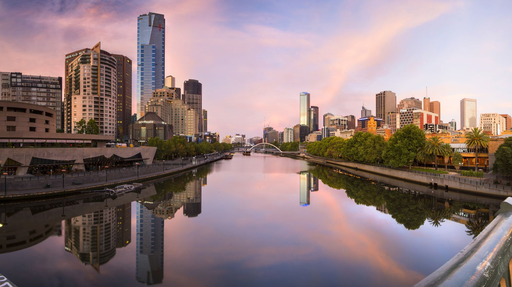 Hotel In Melbourne | Stay in the City | Grand Chancellor ...