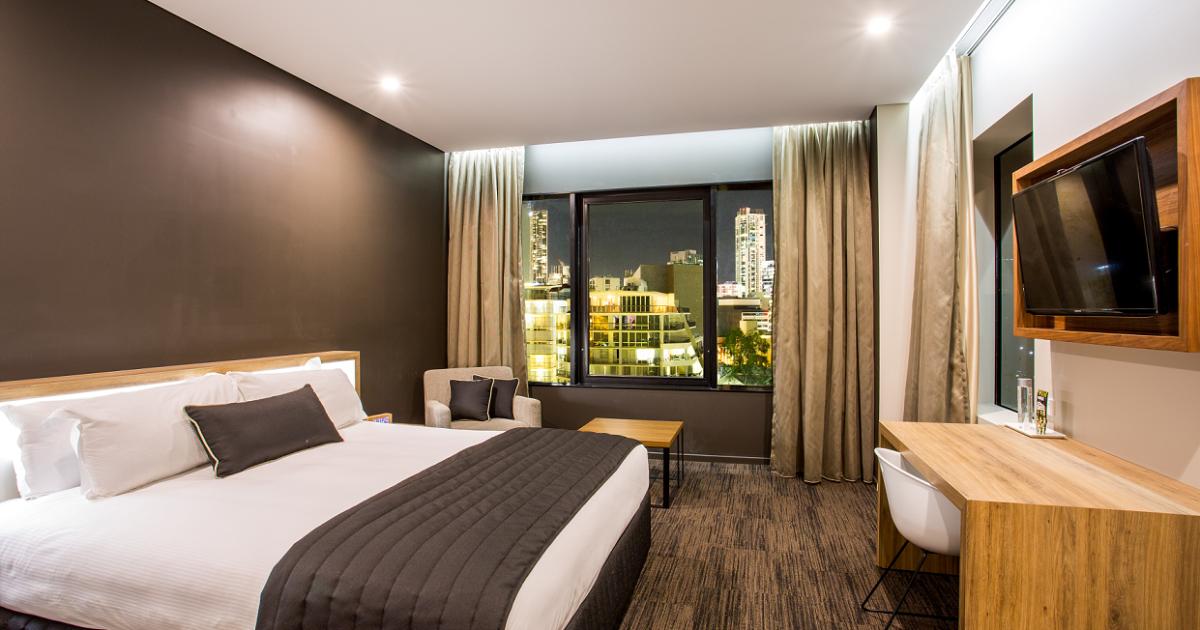 Superior King Room in Brisbane | Hotel Grand Chancellor ...