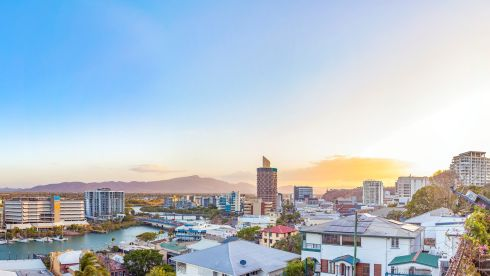 Townsville Accommodation | Stay In The City | Grand ...